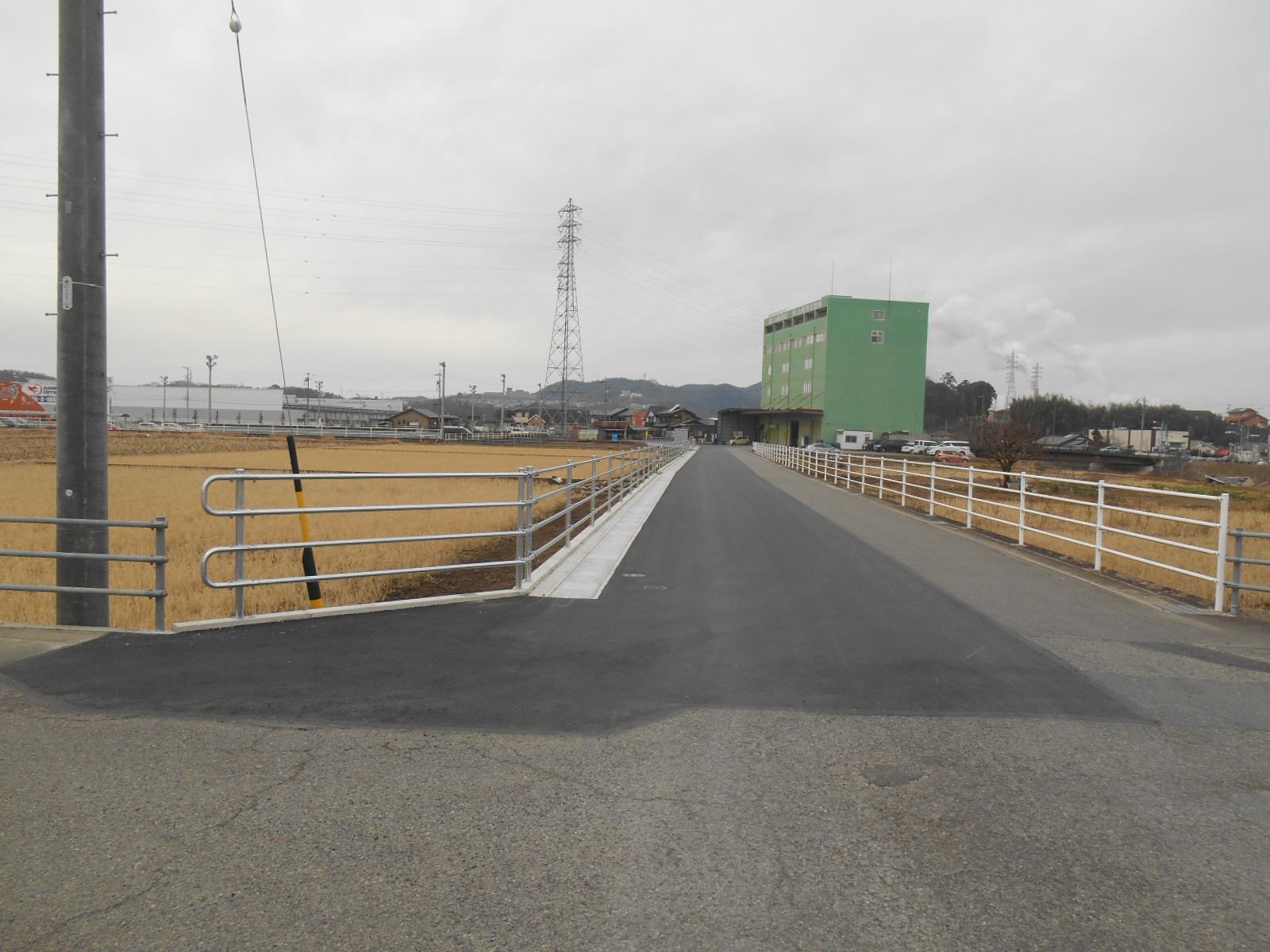不動産事業 可児市坂戸地内 開発に伴う市道拡幅工事